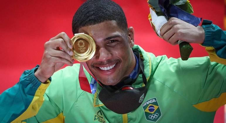 hebert boxe ouro olimpiada soco direto