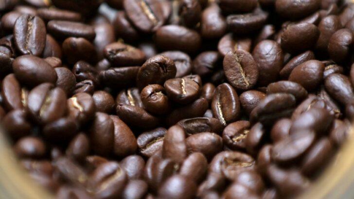 Preço do arroz já caiu 8%, mas café, frango e açúcar não param de subir; saiba motivo