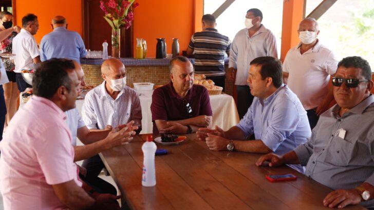 Líder do psd na assembleia, galeno torquato recebe rogério marinho no alto oeste com prefeitos da região