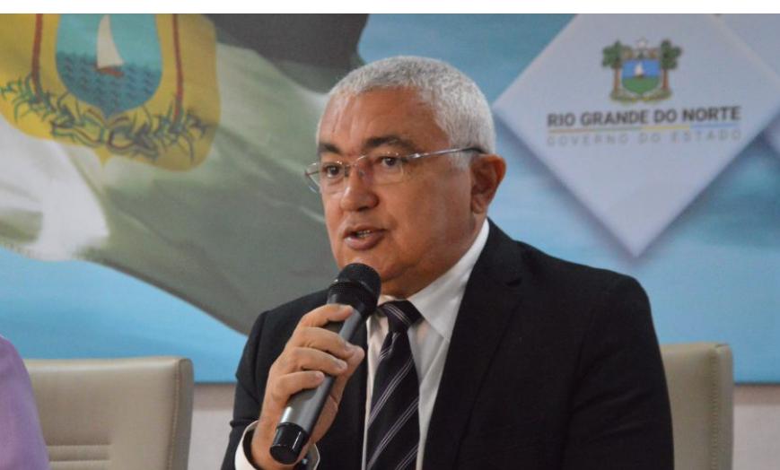 Coronel araújo: policial pode participar de atos, mas não deve usar farda ou arma