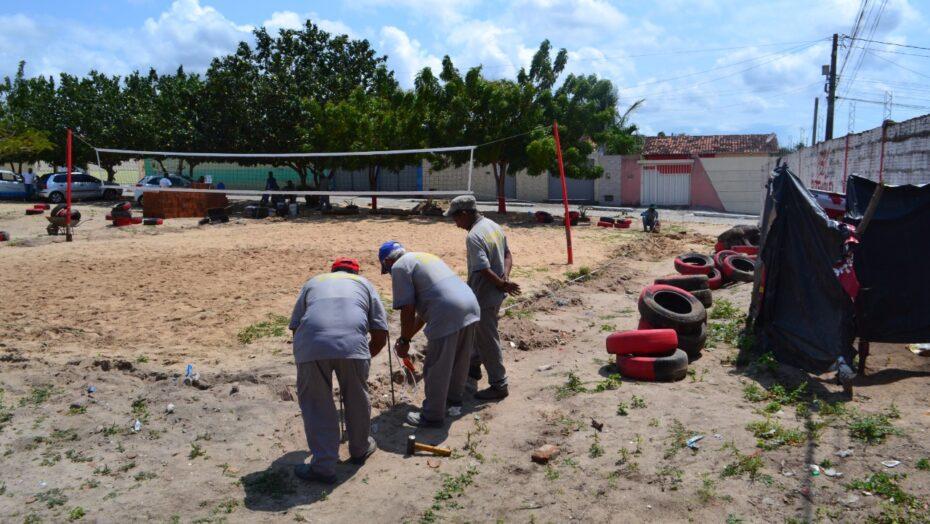 Prefeitura de macaíba realiza reestruturação de arena de futevôlei na vila são josé