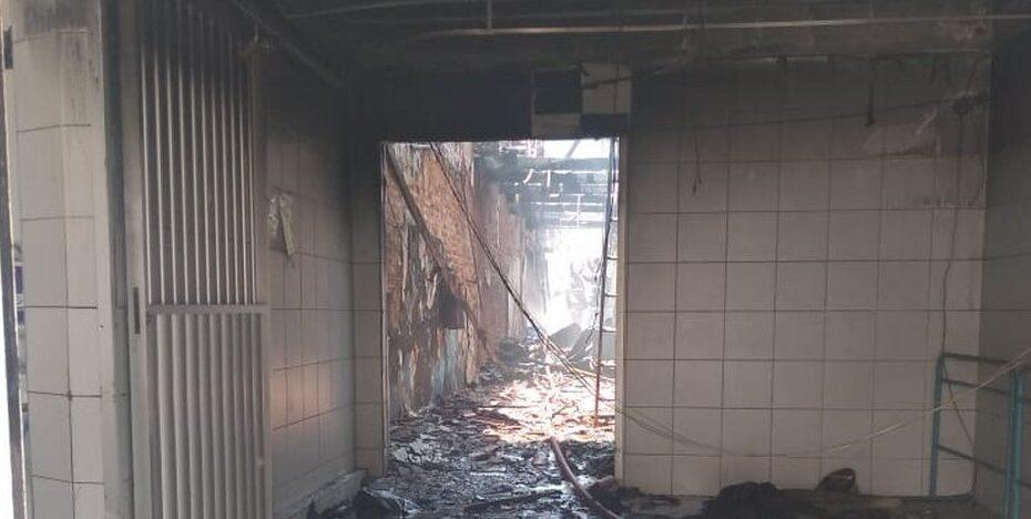 Bombeiros suspeitam que incêndio em peixaria da ribeira foi motivado por curto-circuito