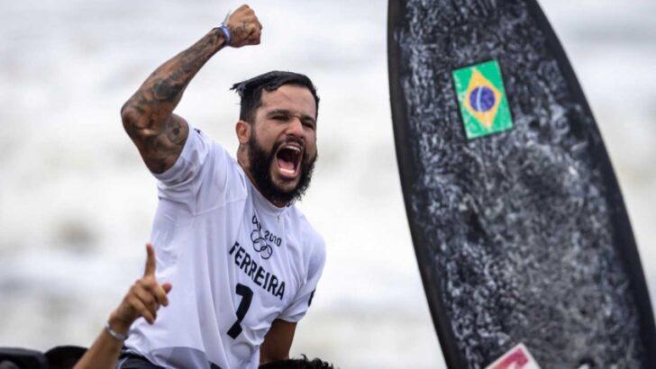 Potiguar italo ferreira abandona voo de volta para o brasil após ameaça de bomba