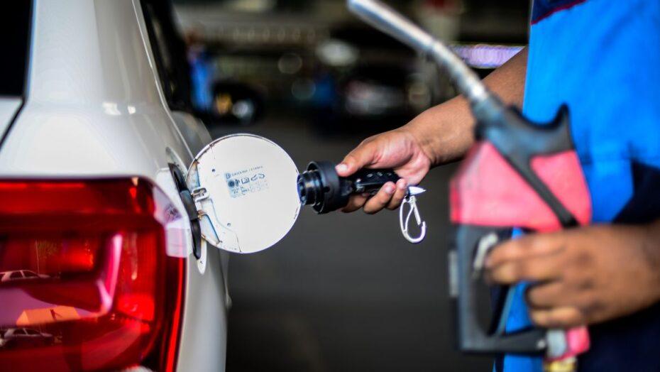 Petrobras aumenta preço do diesel; alta para o consumidor deve ser de r$ 0,22