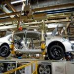 Falta de peças paralisa 7 das 21 fábricas de carros no brasil