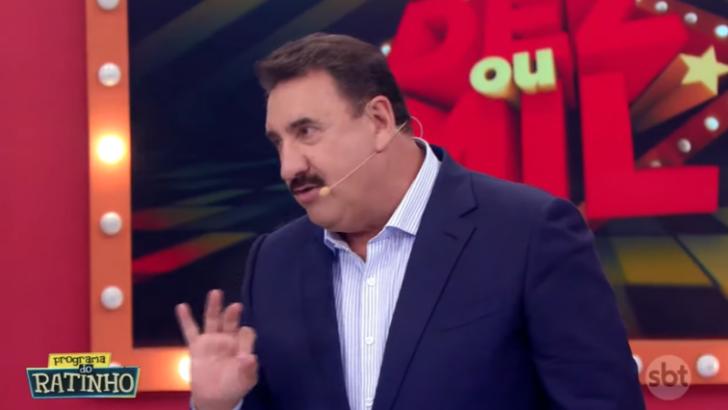 """Ratinho detona bailarina no sbt e depois pede desculpas: """"você não é bonita desse jeito"""""""