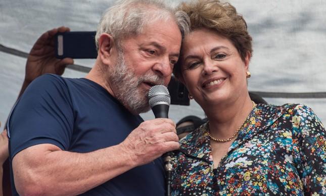 Dilma não deixa barato e esbraveja após ciro gomes falar em conspiração de lula por impeachment em 2016