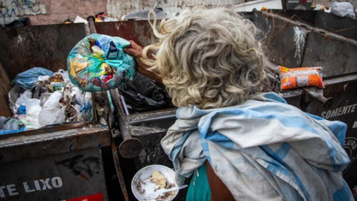 Crise da carne ilustra o país que empobreceu e brasileiros passam fome