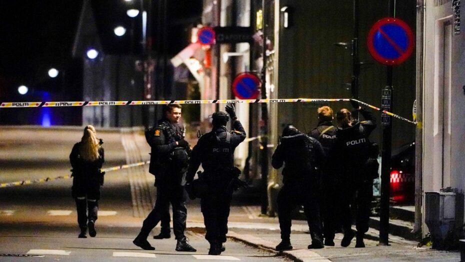 Ataque com arco e flecha deixa 5 mortos e 2 feridos; polícia não descarta terrorismo
