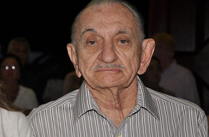 Corpo do ex-governador lavoisier maia é velado na catedral de natal e será sepultado nesta terça-feira